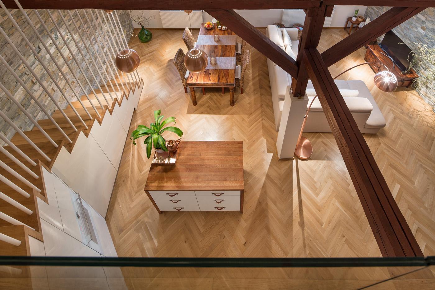 Pohled z druhého patra - Byt Vinohrady