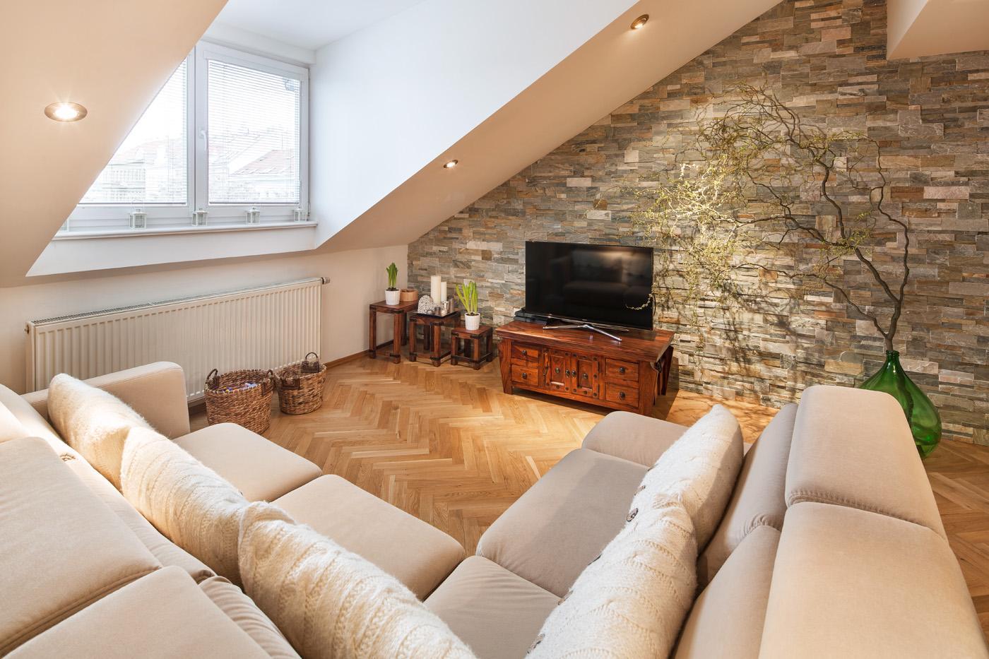 Útulný obývací pokoj - Byt Vinohrady