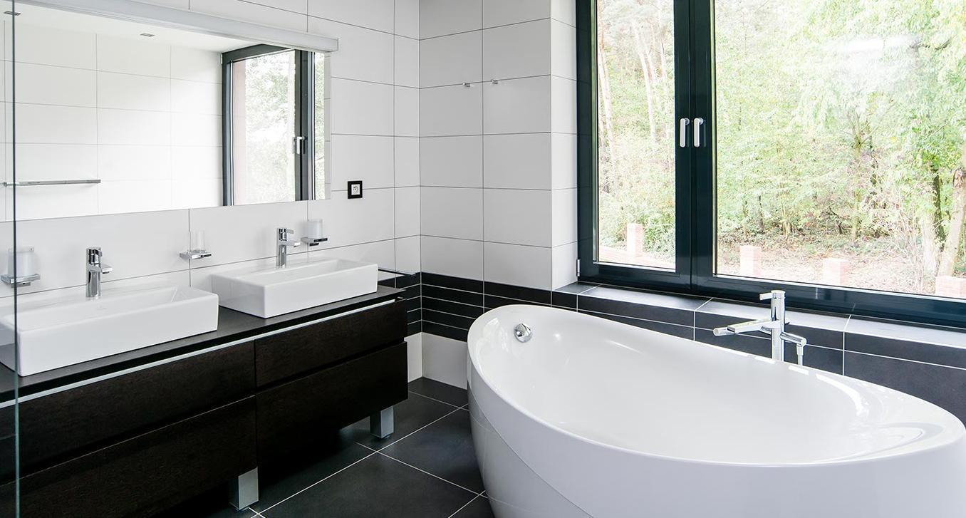 Dvojumyvadlo v koupelně - Interiér rodinného domu, Praha - Západ