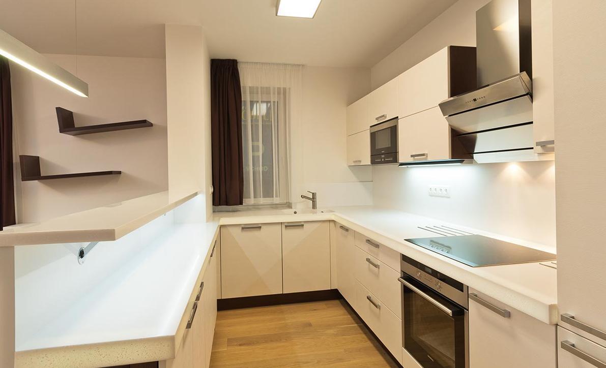 Kuchyňská linka - Byt Stotůlky