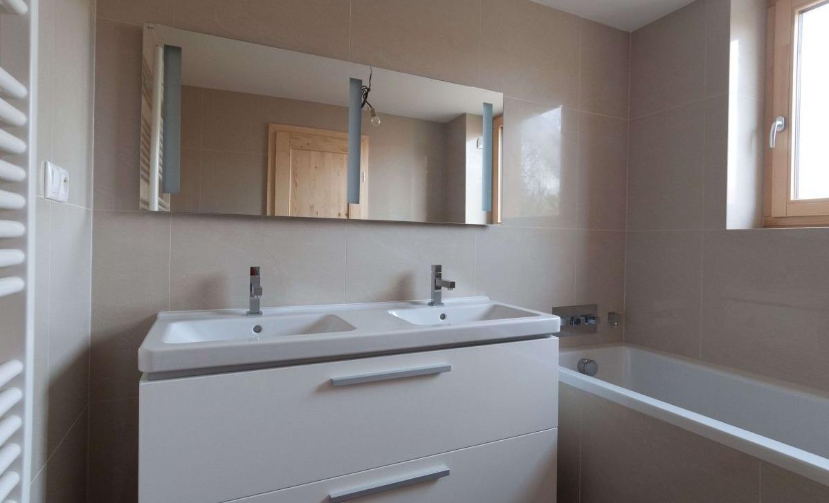 Biela kúpeľňa