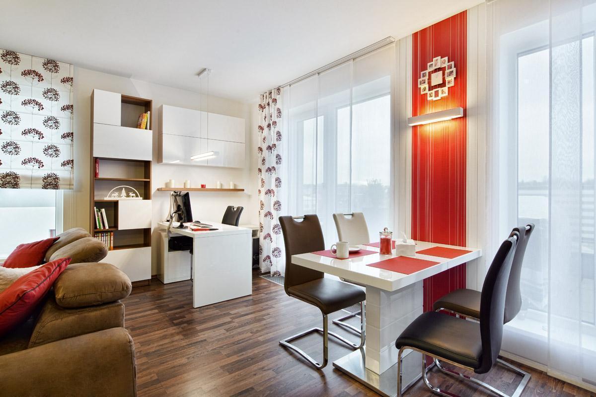 Obývací pokoj, jídelna a pracovna v jednom