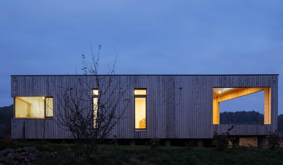 Dřevěný obklad - Dům v Černovíru
