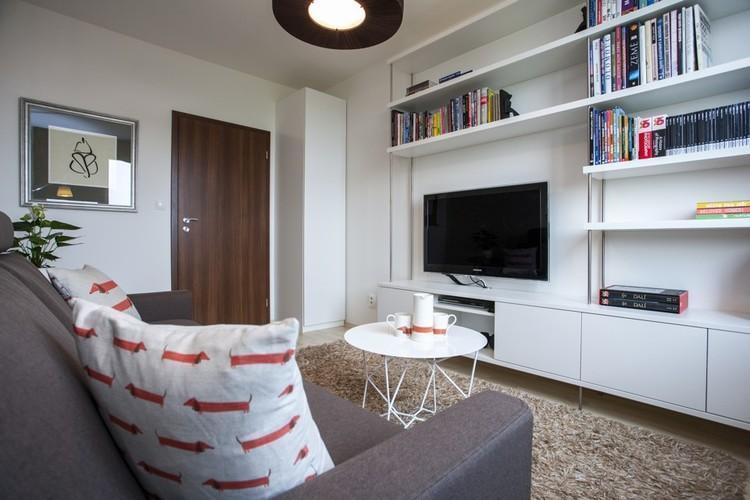 Pohľad na obývačkovú stenu