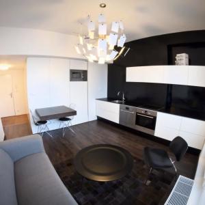 Rekonštrukcia štartovacieho bytu, Praha 10