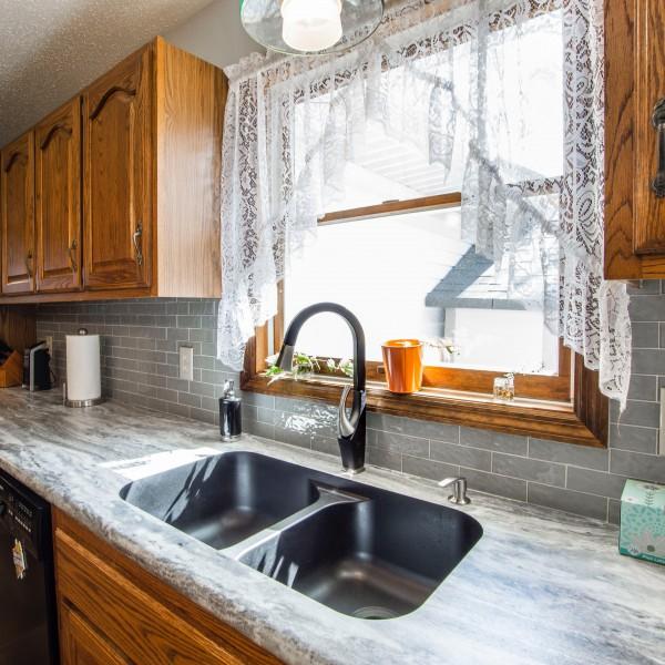 Ako si najlepšie vybrať záclony do kuchyne?