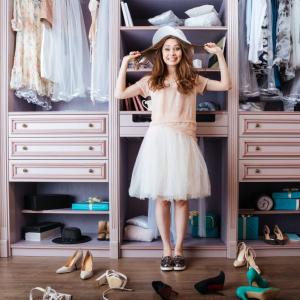 Ako si vybrať vhodnú šatníkovú skriňu? Vďaka týmto radám si vyberiete správne