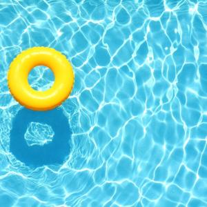 Uvažujete nad kúpou bazéna? Takto si vyberiete ten správny