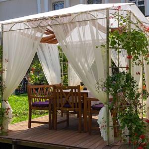 Vyberte si ten pravý altánok a premeňte svoju záhradu či terasu na hotový raj