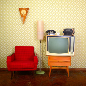 Retro nábytok v modernej domácnosti? Zakomponujete ho jednoducho.