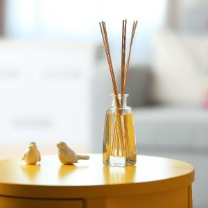 Vôňa domova, ktorú budete milovať: Ako na priestorovú aromaterapiu?