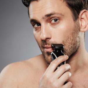 Ako si vybrať elektrický strojček na holenie? Pred jeho kúpou si položte týchto 5 otázok
